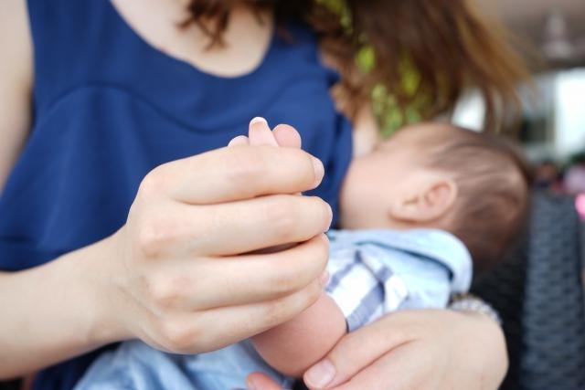 陥没乳首でもスムーズに授乳するためのコツ